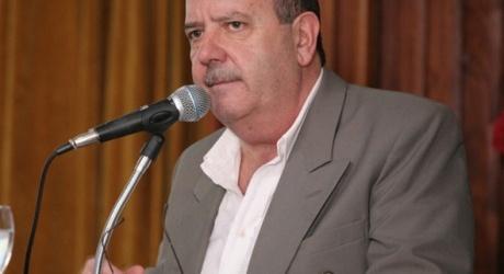 """Ante reclamos de desocupados a la seccional Santa Cruz Héctor Laplace, dijo """"nosotros no damos trabajo, nuestro rol como entidad […]"""