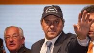 El mandatario de la Provincia de Buenos Aires aceptó posar con la gorra de AOMA. Dejó en San Juan un […]
