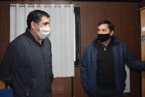 Javier Castro junto al Intendente Héctor Vidal