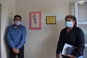 Javier Castro junto a familiares de Zulma Malvar inaugurando el Centro de Salud